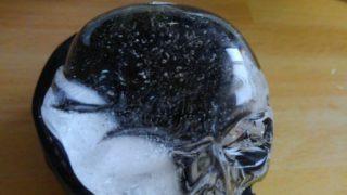 家で作る「きれいな氷」の限界・・・ここまでしか綺麗になりませんでした。