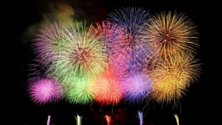 家族・彼女・彼氏・友達と花火を1,000倍楽しむ!